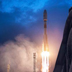 OneWeb launches 34 satellites